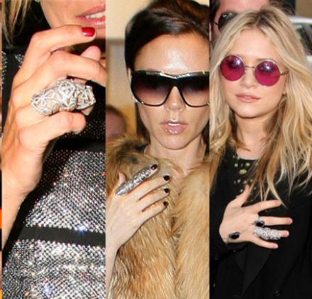 stars wearing falang ring