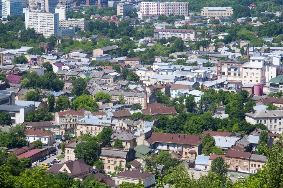 Вид на город с горы Высокий замок