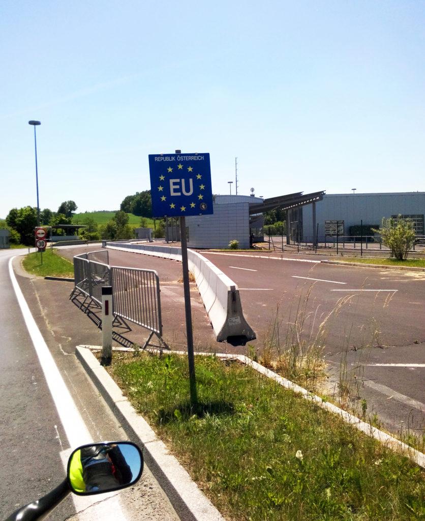 Austia border
