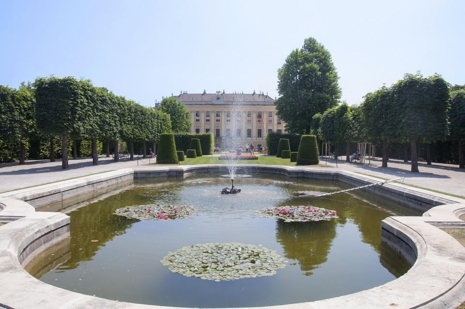Schoenbrunn_Vienna